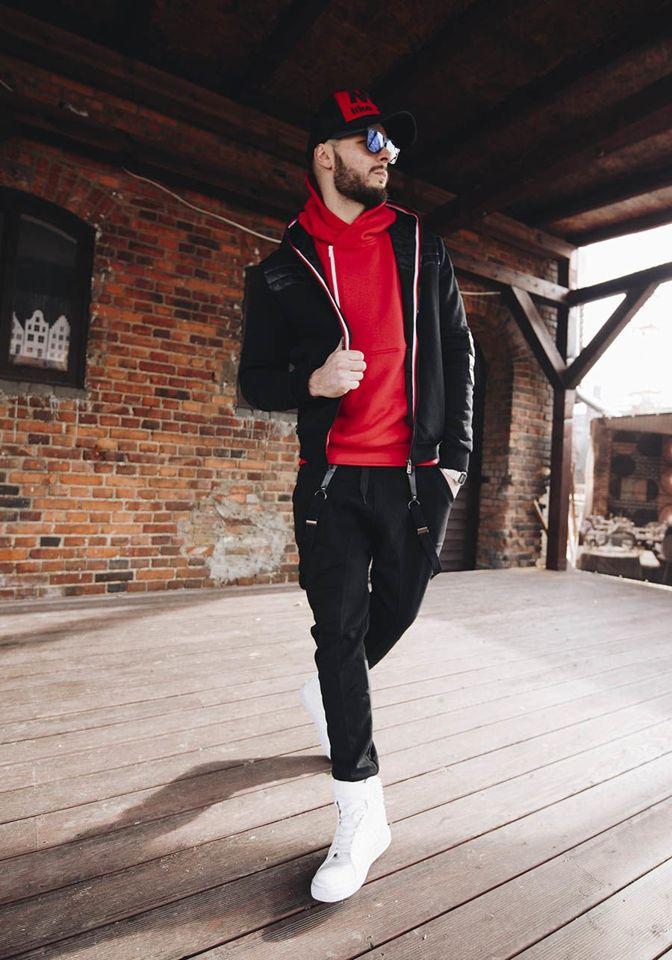 Stylizacja Nr 178 Kurtka Przejsciowa Bluza Z Kapturem Spodnie Baggy Buty Sneakersy