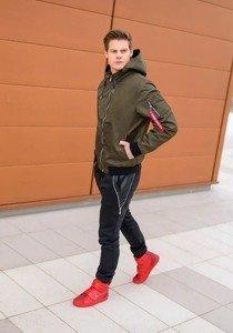 Stylizacja nr 176 - kurtka przejściowa, spodnie baggy, buty sneakersy